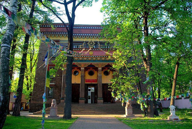 Buddhist temple Gunzechoinei01.jpg